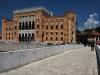 Narodna in univerzitetna knjižnica in mestna hiša v Sarajevu