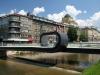 Most pred Akademijo za likovno umetnost v Sarajevu