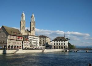Münsterbrucke in cerkev Grossmünster v Zürichu