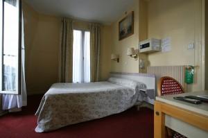Soba št. 39 v hotelu Avenir Montmartre v Parizu