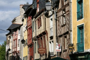 V Rennesu se je priročno ustaviti na poti do samostana Mont Saint-Michel