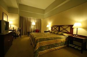 Udobna soba v hotelu Berjaya Makati v Manili