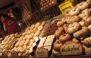 Dunajski božični sejmi slovijo po izvrstnih kulinaričnih dobrotah