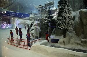 Ski Dubai je eno od največih pokritih smučišč na svetu