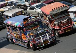 Predelani džipi so najcenejše in najpogostejše javno prevozno sredstvo na Filipinih