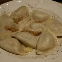 Mesni pierogi v restavraciji Polskie Jadło v Krakovu
