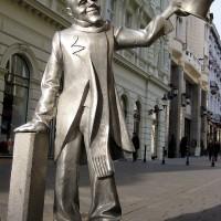 """Kip """"Schöner Naci"""" v Bratislavi"""