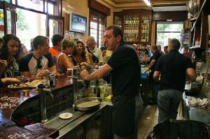 Tapas bar Las Columnas je priljubljen predvsem med domačini