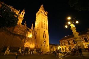 V poletnih mesecih se Sevilla razživi šele ponoči