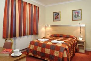 Best Western Victoria Palace Hotel London