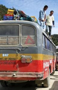 Na zahtevnih potovanjih, kjer prtljaga konča na pregretih strehah avtobusov, je primeren edinole vzdržljiv nahrbtnik
