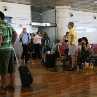 V primeru zapletov pri potovanju z letalom imajo potniki določene pravice