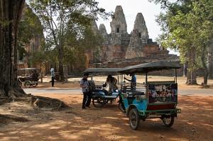 Za prevoz po Angkorju je treba najeti tuk-tuk