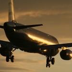 Letalske družbe odslej lahko dovolijo uporabo mobilnih telefonov na letalih